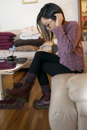 crimson dr martens boots black justusa jeans deep purple