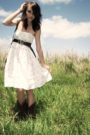 White Vintage Dresses Brown Cowboy Boots Brown Dooney