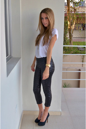 Black Zara Leggings White Zara Ts Shirts Black Bershka