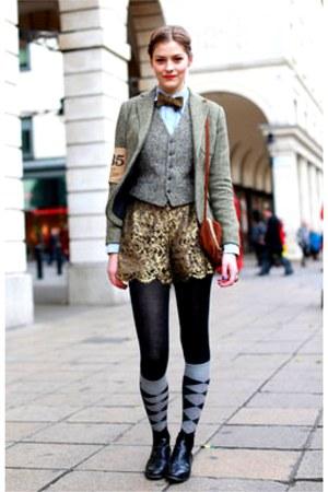 silver ralph lauren blazers black tights gold shorts