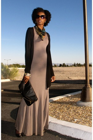 Black Clutch Top Purses Heather Gray Maxi Dress Go Couture Dresses Love By Rodenagorsche Chictopia