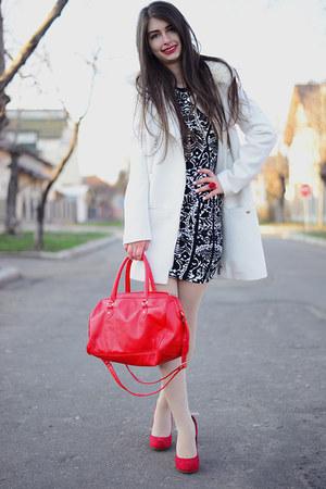Red La Strada Shoes Blackwhite Hu0026M Dresses White Hu0026M Coats Red Hu0026M Bags | u0026quot;Meetingu0026quot; by ...
