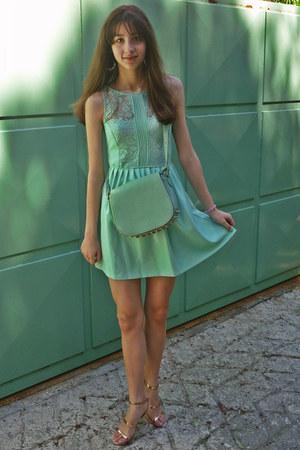 Aquamarine Lulus Bags, Aquamarine Zara Dresses, Nude Zara