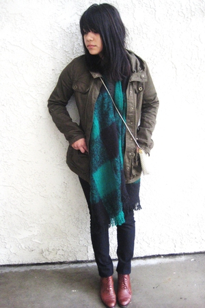 black-forever-21-pants-green-vintage-scarf-brown-vintage-shoes-green-h