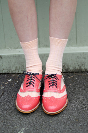 coral neon the whitepepper shoes quot coral pink oxford