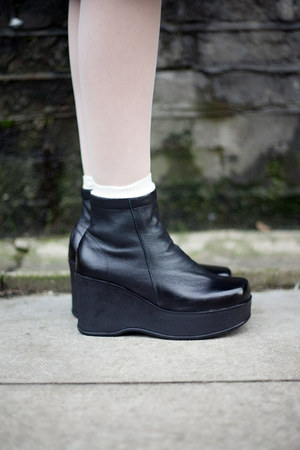 the whitepepper boots quot leather shirring platform wedge