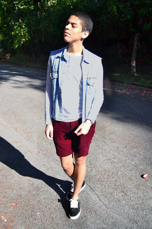 how to wear vans with shorts