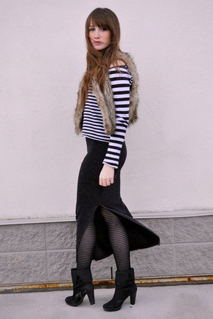 Black Stripes H&M Tops, Black Maxi Skirt Forever 21 Skirts ...