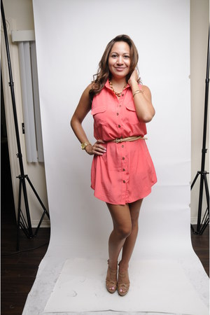 Coral dresses mustard necklaces gold watches nude belts for Jewelry to wear with coral dress